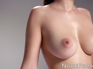 Adorable AlisaI shows off her her huge natural tits bounce