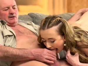 Hot fitness babe gets fucked first time Russian Language
