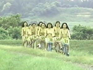 Naked japanese girls play sports