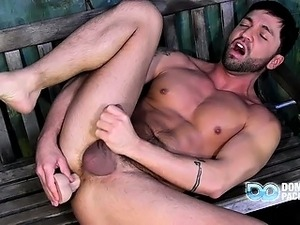 Outdoor Cock Stroking With Dominic