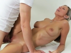 Tracy Gets Her Pussy Fucked And Came On By The Dirty Doctor