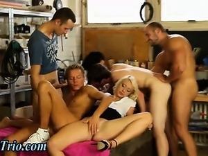 Bi orgy fuckers shoot cum after group fucking