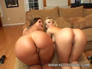 Kelly D and Alexis Texas free