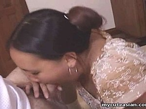 Chubby Asian amateur housewife gives a hot blowjob and gets her pretty face...
