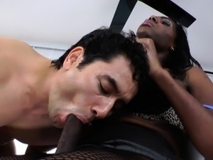 Ebony tranny sucked and tugged by lucky guy