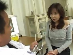 girls doctor naked