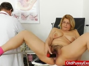 The blonde dame chick Jutile gets a cunny enema, light fingering and some...
