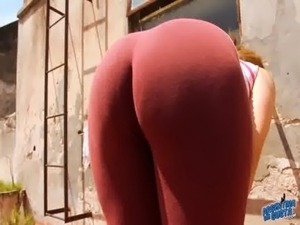 Sweet Cameltoe Teen in Tight Lycras! Amazing Ass in Leggins! free