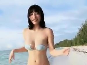 young beach sex