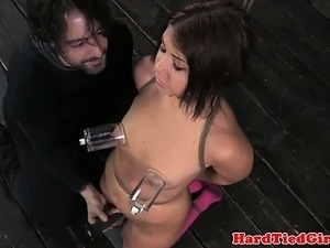 BDSM sub Mia Gold nipples clamped