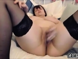 Hot Chubby Busty Girlfriend Shows Dildos Her Tight Pussy