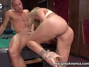 Turned on cheating blonde cougar Julia Ann with massive fake