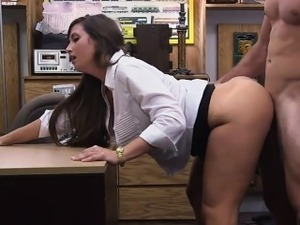 Big ass babe gets nasty