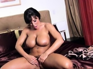 Young girlfriend oral
