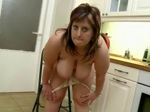 girl with big tits videos