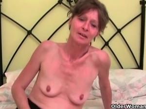 My favorite videos of British milf Vikki Cougars, Grannies, Matures