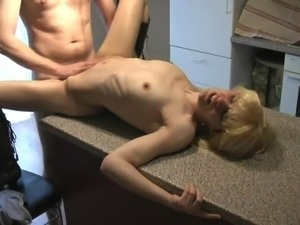 Creampie with not mom in kitchen