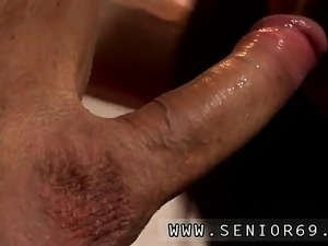 German old mom and old vintage amateur Anna has a cleaning j