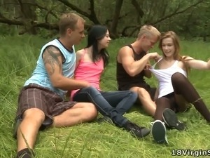 Outdoor sex pic