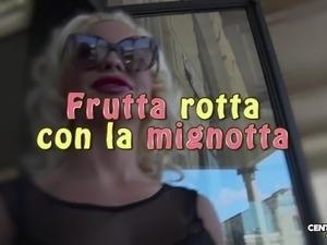 Frutta rotta con la mignotta (CXD01335)