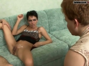 Matured Russian brunette with short hair being penetrated hardcore on sofa
