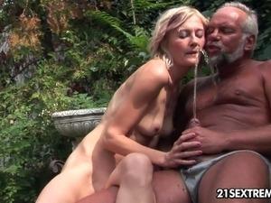 hairy platinum blonde pussy video