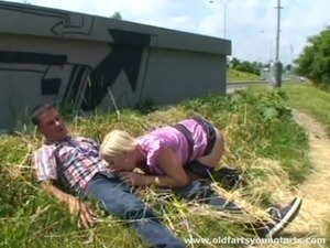 Blonde whore with great juggs enjoying a hardcore fuck in public