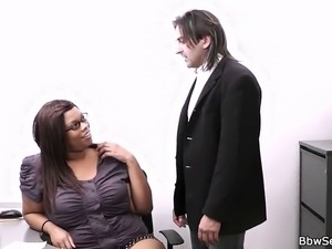 Married boss cheats with fat ebony secretary