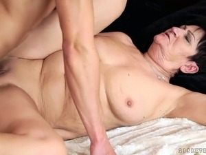 Time worn slut Anastasia sucking big dick deepthroat in filthy porn video