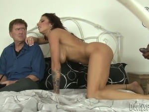 Lylith LaVey cheats Kyle Stone with handsome dude Sean Michaels