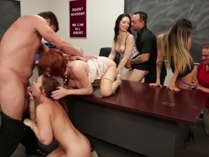 Teacher smashing pornstar pussy hardcore in an orgy group sex