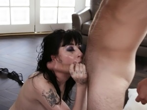 Tattooed nice ass cougar punished with deepthroat smashing