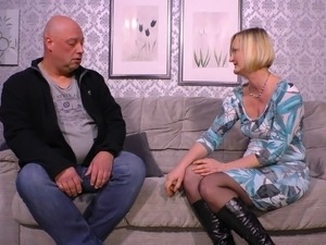 Sexy mature Ania gets lucky with a mature skillful fellow