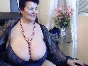 mature massive big tit gallery