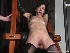 Enslaved painslut Elise Graves whipping in hard bdsm punishm