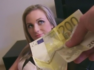 Czech slut loves money