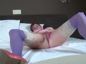 Dirty granny go crazy on bed
