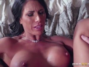 big tits swinging free video