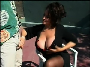 Voluptuous mature lady in lingerie enjoys a hard fucking under the sun