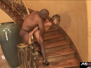 Black stallion wants to feel a magnificent blonde's throbbing hole