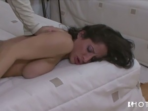 bride sucks dick for a facial