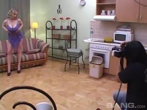 video girls taking showers