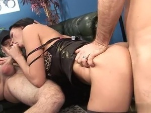 Double penetration for the secretary Tammie Lee