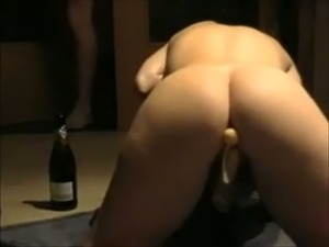 How my blonde girlfriend likes to warm up for homemade porn tape