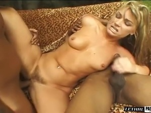 Curvy maiden displaying hot ass then pounded hardcore in mmf porn