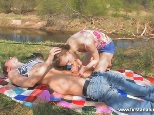 cute naked teenages