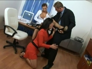Two horny bitches wearing high heels share a wang in FFM clip