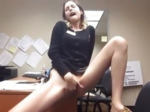 Fingering at the office when the boss is gone  Amateur Cool