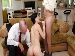 young pussy sucking old man