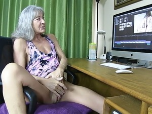 Masturbating Adult Video